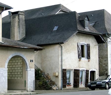 Maison pignon sur rue